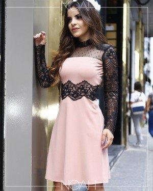 Vestido leve evasê rosé