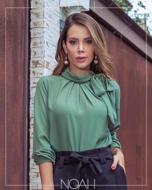 Felicia | Moda Evangelica e Executiva